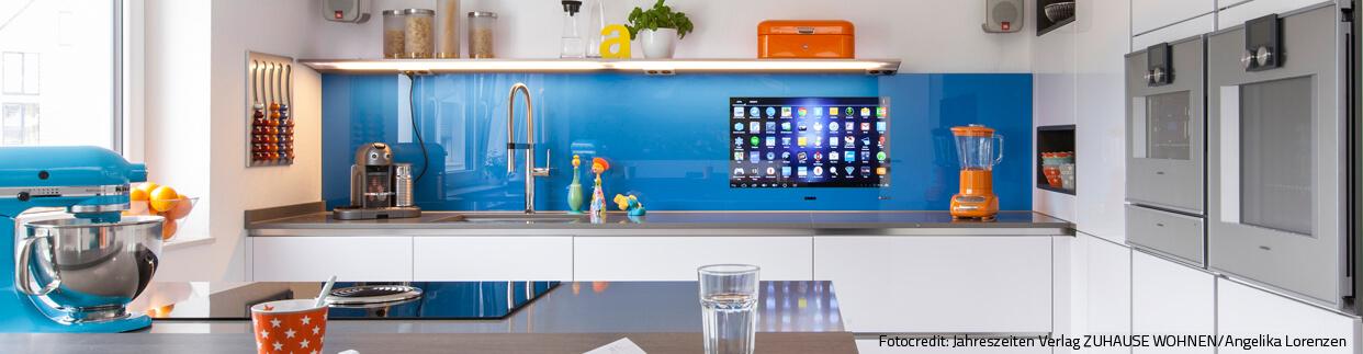 LCD-Küchenrückwände Fernseher-in der Küche