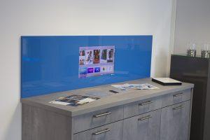 SMART VISION Küchenrückwand blau mit LCD