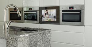 SMART VISION LCD Tür - Integrierter Fernseher in der Küche - konfigurieren