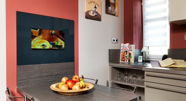 SMART VISION Kompaktmodul TV im Küchenalltag