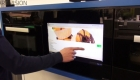 SMART VISION Video LCD in Küche integriert